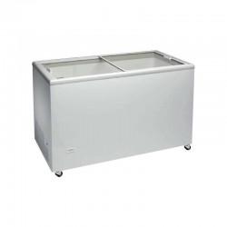 Arcón congelador 390 litros, puertas correderas de vidrio.